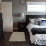 bedroom-881123_1920